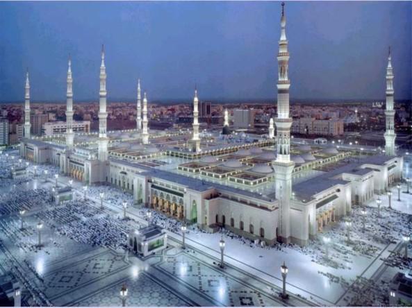 அழகிய பள்ளிவாயல்கள் (MASJID WALLPAPER) Islamic-wallpaper_masjid-e-nabwi_1