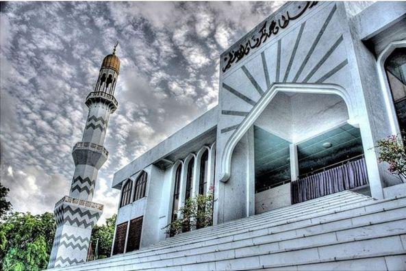 அழகிய பள்ளிவாயல்கள் (MASJID WALLPAPER) Islamic-wallpaper_masjid-wallpaper_9