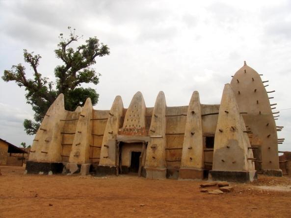 அழகிய பள்ளிவாயல்கள் (MASJID WALLPAPER) - Page 2 Islamic-wallpaper_masjid-wallpaper_larabanga-mosque-in-ghana