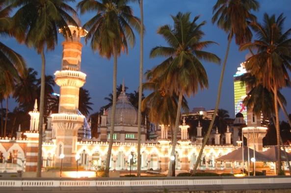 அழகிய பள்ளிவாயல்கள் (MASJID WALLPAPER) - Page 2 Islamic-wallpaper_masjid-wallpaper_masjid-jamek-in-kuala-lumpur-malaysia